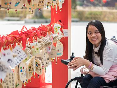 轮椅上的天使2.jpg